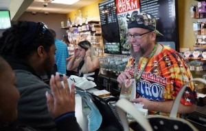 Marijuana sellers undeterred by threat of federal prosecution
